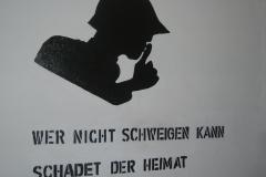 «Wer nicht schweigen kann, schadet der Heimat» - Propagandalosung aus dem Jahr 1940